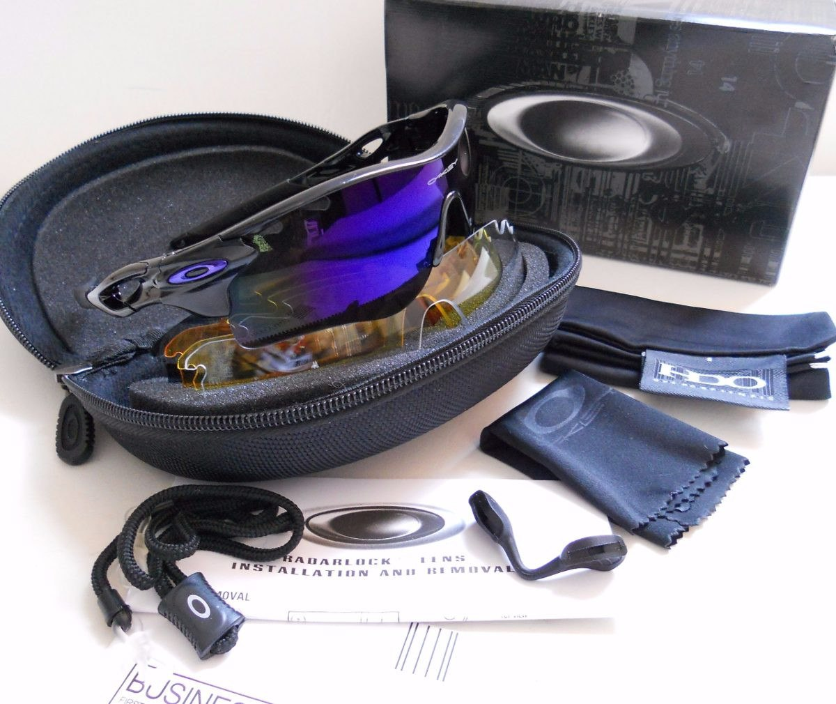 2847b85953a5f Gafas Oakley Radar Sport Sunglasses Marco 4 Lentes - U S 155,00 en ...