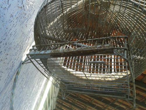 gaiola antiga rara redonda unica a venda