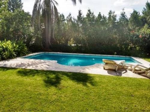 galápagos muy linda casa sobre lote central