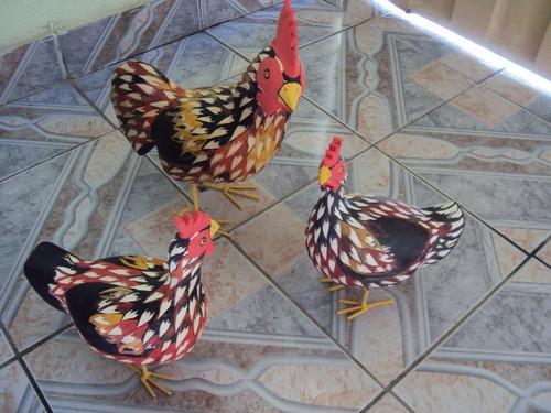Aparador Rustica De Madeira ~ Galinhas De Madeira Artesanato R$ 159,90 em Mercado Livre