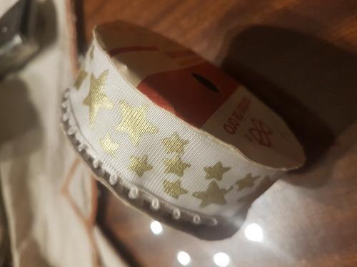 galon estrellas doradas