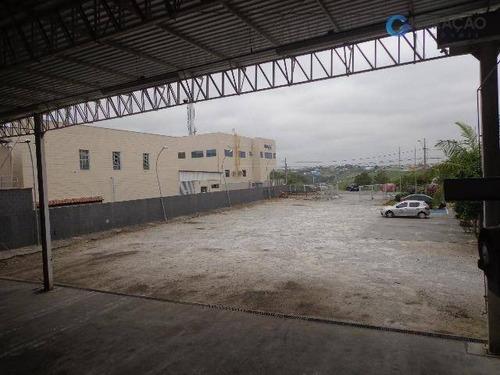 galpão comercial para locação  terreno de 2807 m² | área construída de 995 m²  galpão comercial com ótima infraestrutura, 06 salas, escritório, cozinh - ga0117