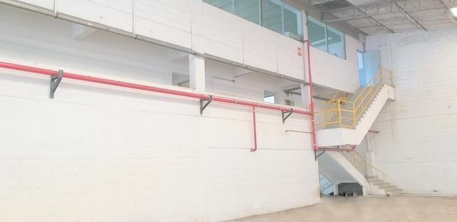 galpão para alugar, 2600 m² por r$ 51.975/mês - jardim alvorada - jandira/sp - ga0174