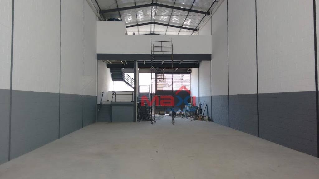 galpão para alugar, 730 m² por r$ 10.500/mês - ayrosa - osasco/sp - ga0008