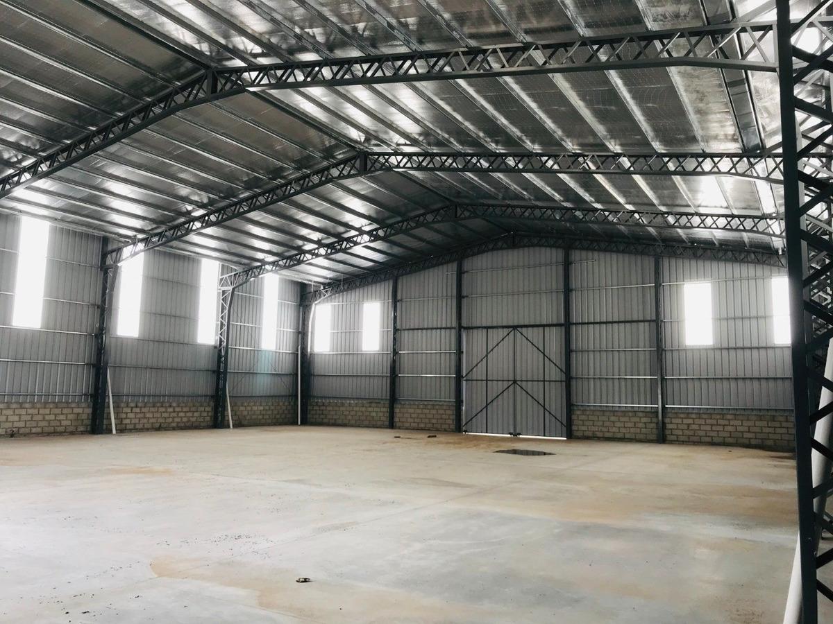 galpón en alquiler. 720 m2 cub