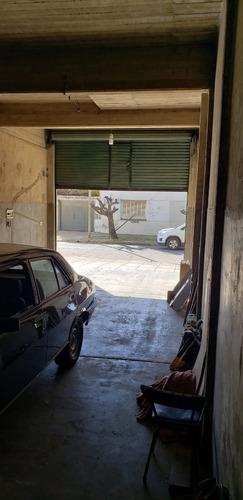 galpon 70 m2cub en losa - entrada de camion - ideal deposit