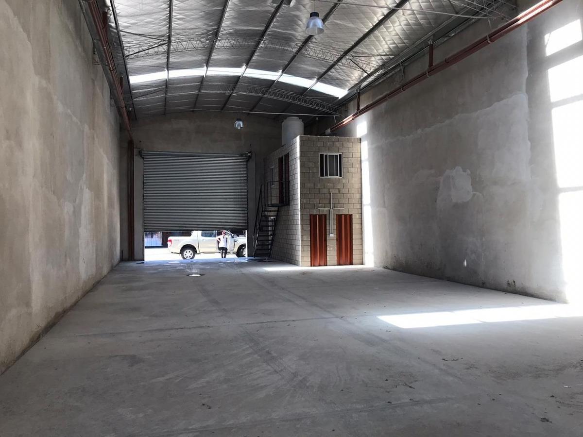 galpon a estrenar de 650 m2 en alquiler. zona industrial