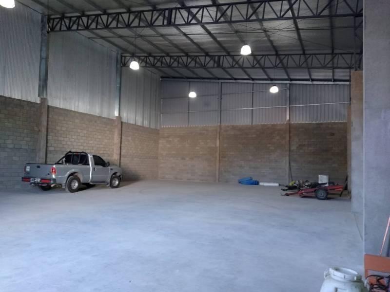 galpon alquiler 400 m2 en pilar
