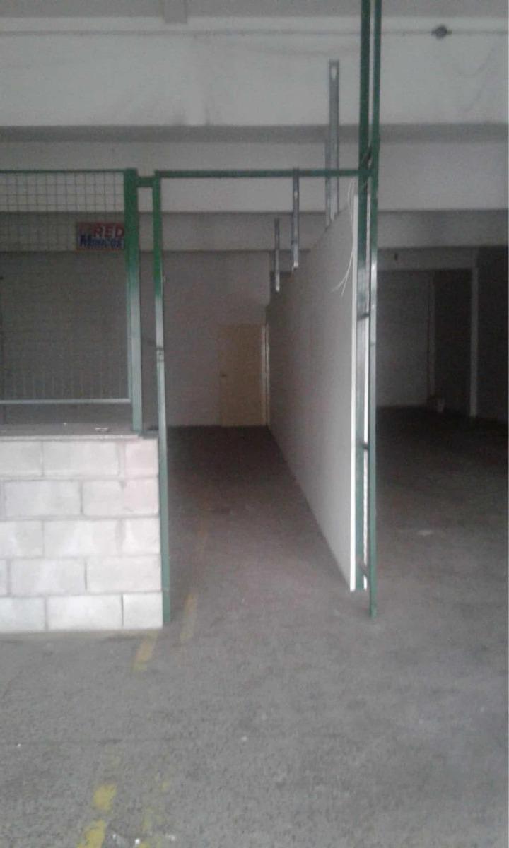 galpón caballito 1250 m2 aprox sobre av indep a/tdo dest