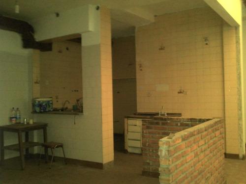 galpon + chalet de 4 ambientes en venta en temperley