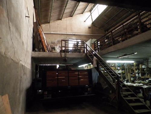 galpon con vivienda de 372 m2 con 291 m2 cubiertos - sarandi