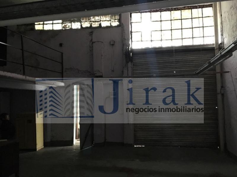 galpon con vivienda. ideal para taller textil.