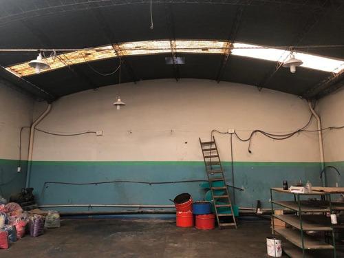 galpon de 160 m2 en lomas del mirador