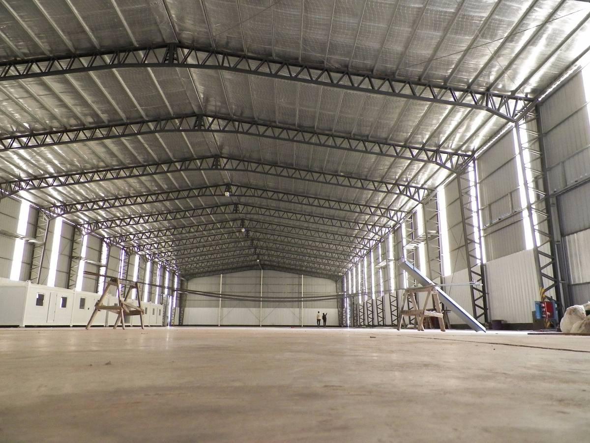 galpón de 2600 m2 cubiertos a estrenar -polo maderero hudson