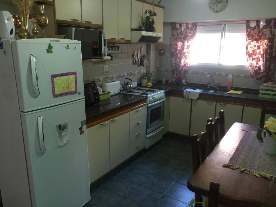 galpon de 300 m2 c/ vivienda en venta la tablada.