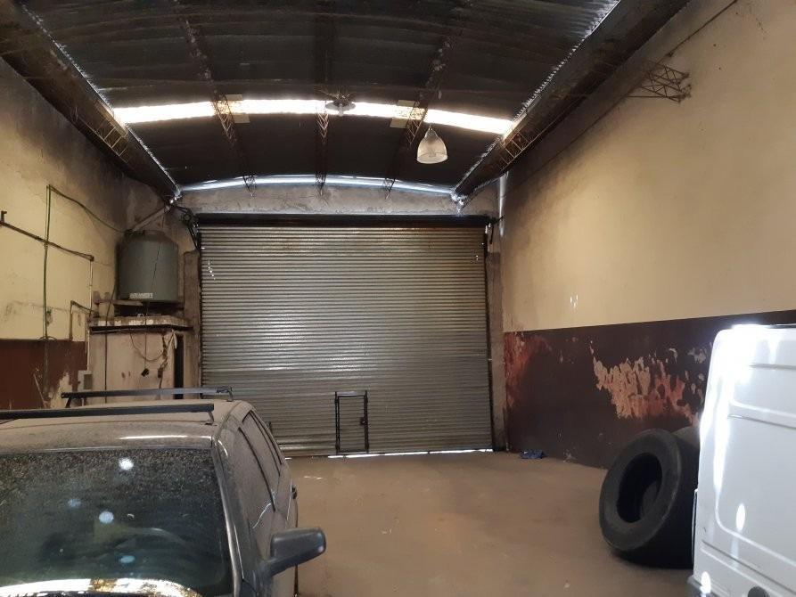 galpon de 300 m2 totales sin columnas excelente unidad!!