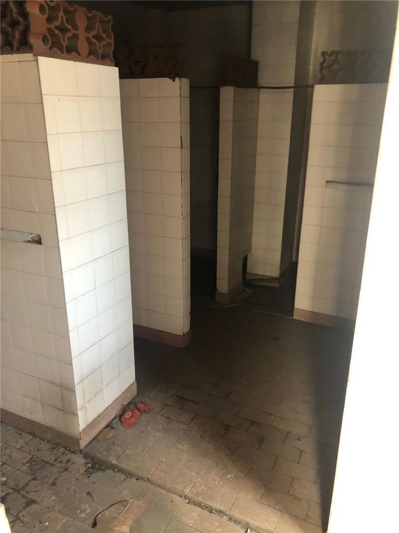 galpón de 300 mt2 con local + vivienda - losa - lote 10x30