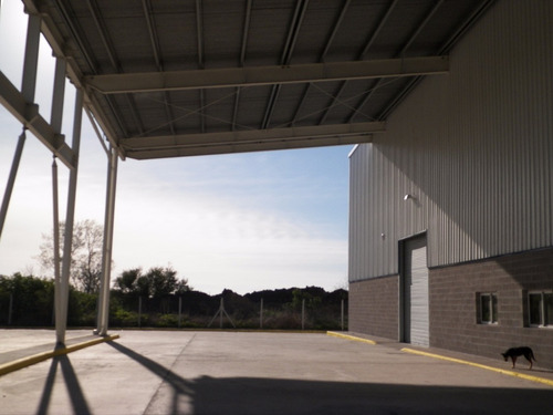 galpón de 4000 m2 cub + 1800 m2 de semicubierto - excel ubic