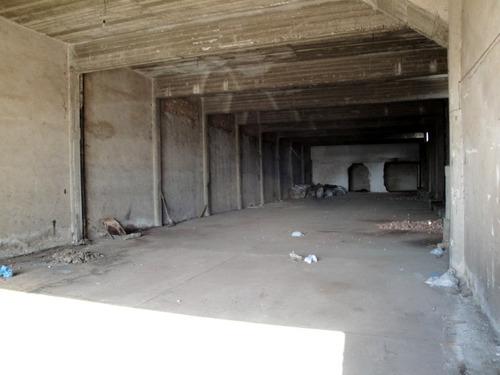 galpón de 480 m2 + vivienda de 450 m2  - wilde -venta