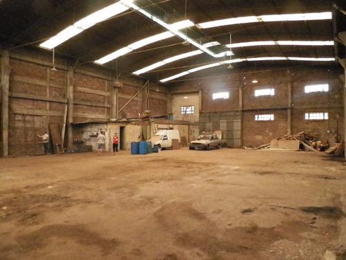 galpón de 600 m2 cubiertos - quilmes.