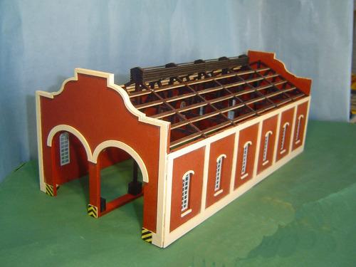 galpón de locomotoras modular en escala h0 -nvm hobbies