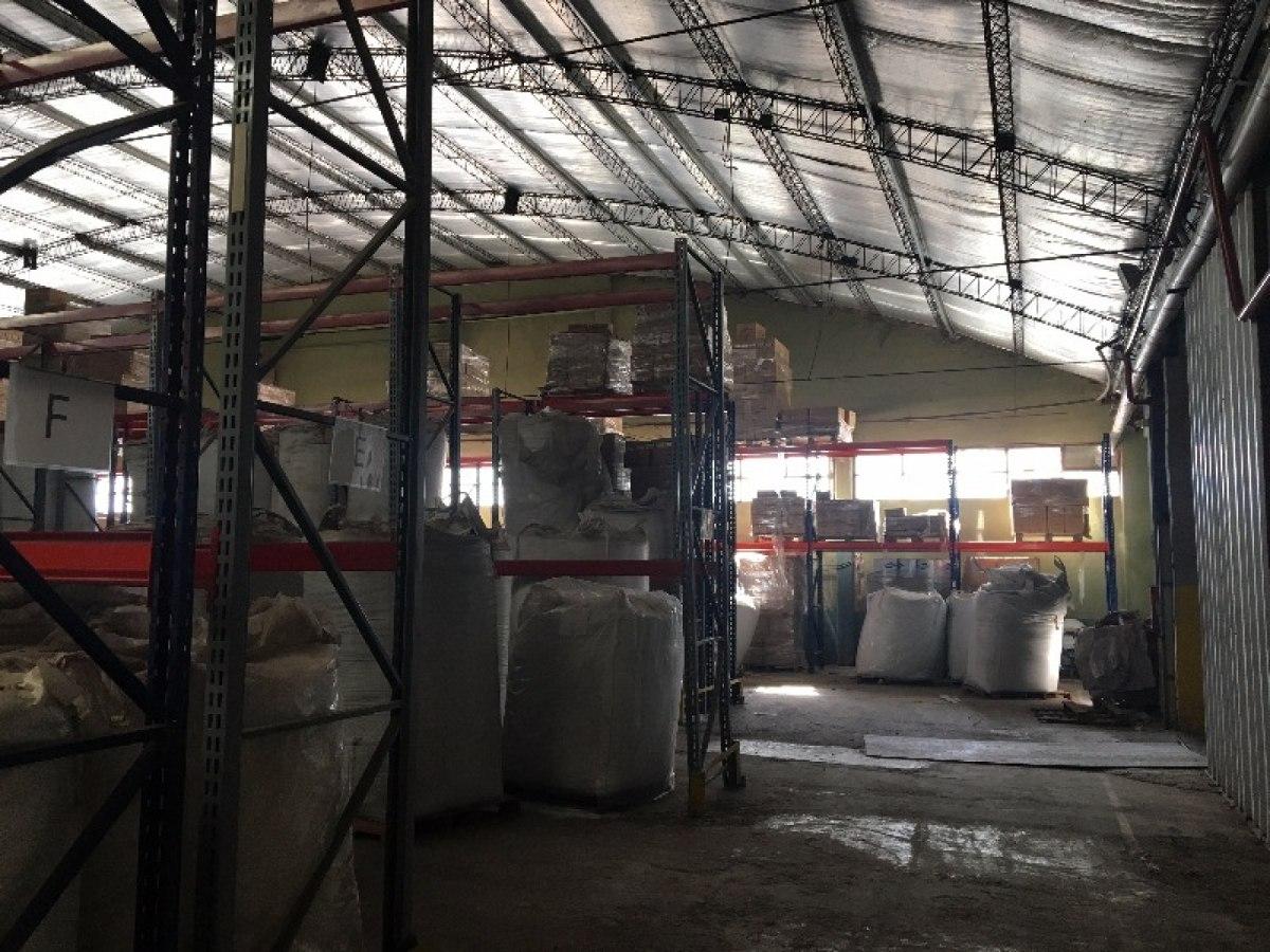 galpón, depósito industrial, en alquiler, con oficinas