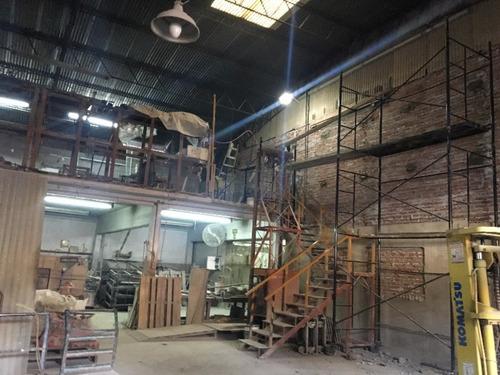 galpón en alquiler techo parabólico de 8 mts de altura