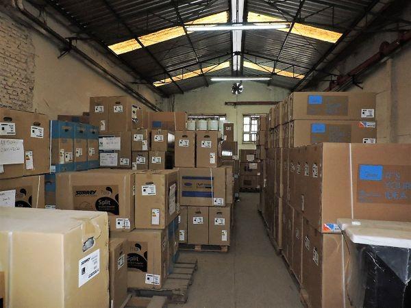 galpon en venta de 850 m2 + 450 m2 de entrepiso - bernal