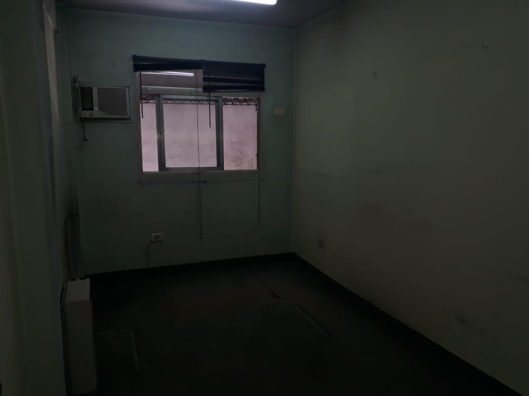 galpon industrial 787 m² cub. (450 m² galpón y 337 m² oficinas) - s.justo (ctro)