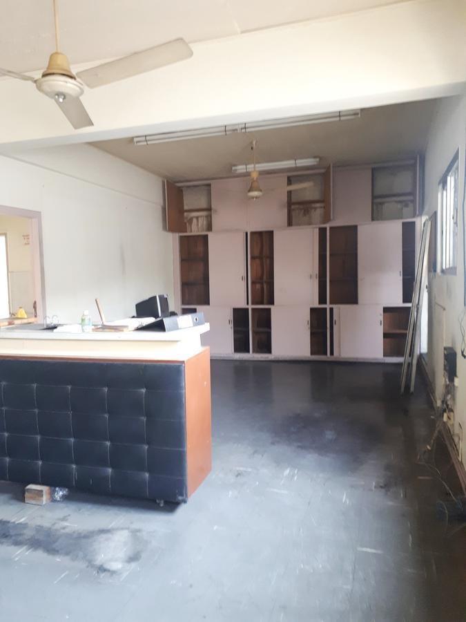 galpón industrial con oficinas - munro