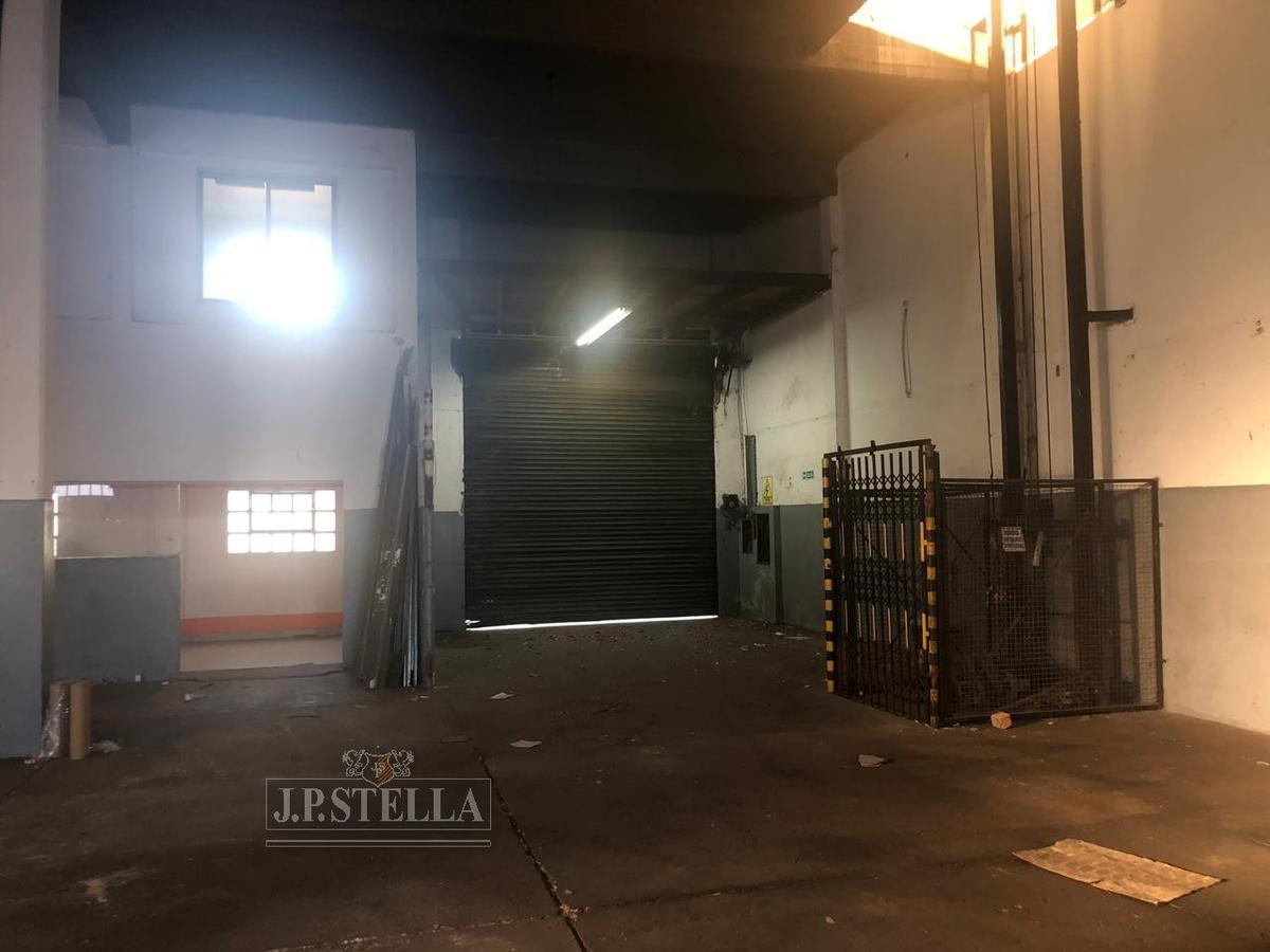 galpón industrial de losa y parabólico en 2 plantas - 900 m² cub. - monta cargas - san justo