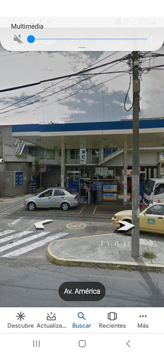 galpón industrial y local dentro de gasolionera