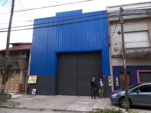 galpón + local + 2 dtos + quincho - 1648 m2 cubiertos