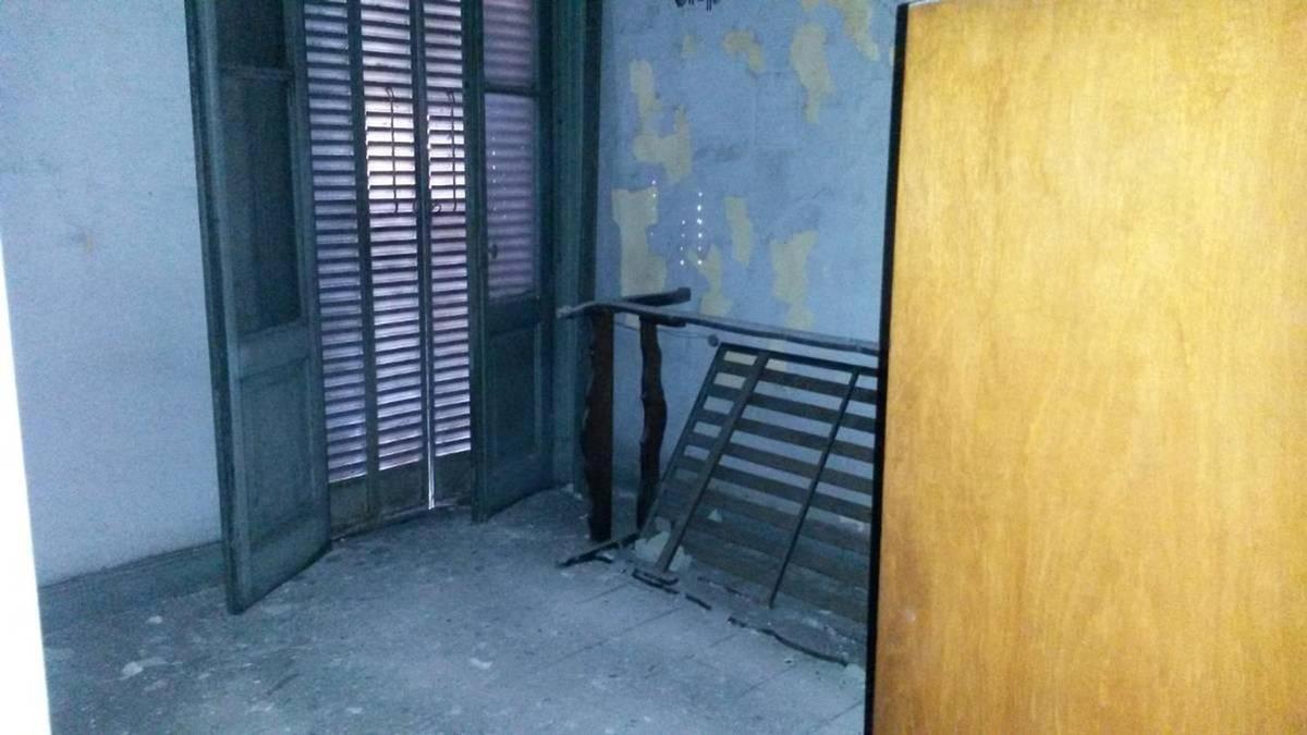 galpón, vivienda y oficinas. constitución, av. garay esq v.