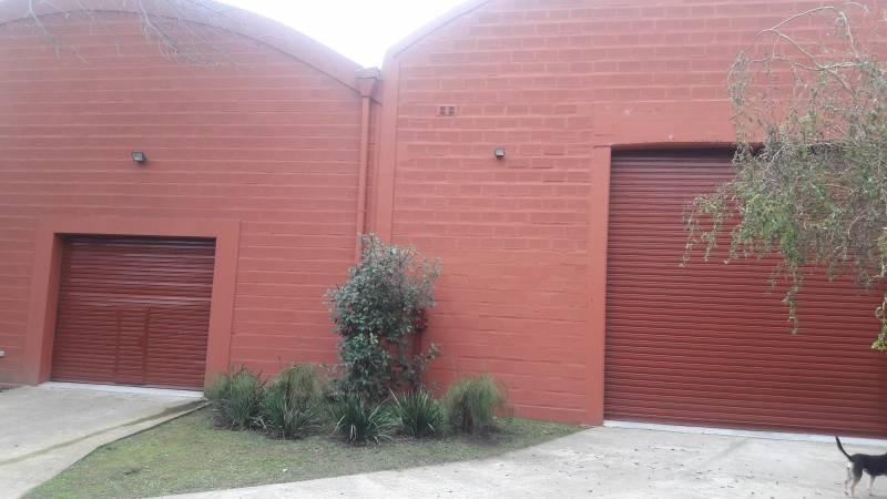 galpones, depósitos o edificios ind. venta pilar