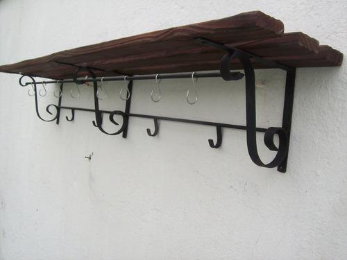 ganchera  repisa madera y hierro 1,40cm x 25cm nueva
