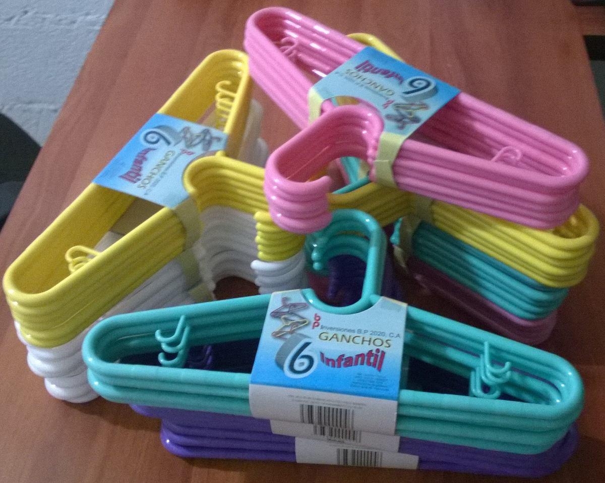 Gancho de ropa para bebe bs en mercado libre for Ganchos de plastico