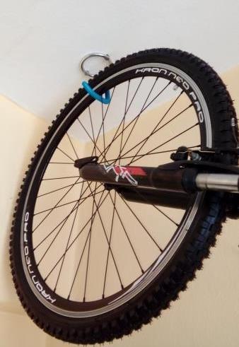 Gancho Para Colgar Bicicleta Pared Techo Btwin Original 31900 - Colgar-bici-techo