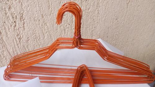 ganchos de alambre para camisa color naranja un ciento
