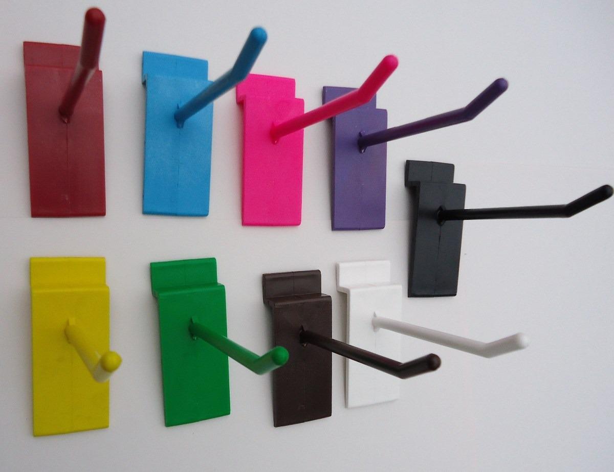 Ganchos para panel ranurado 100 por 270 pesos for Ganchos de plastico