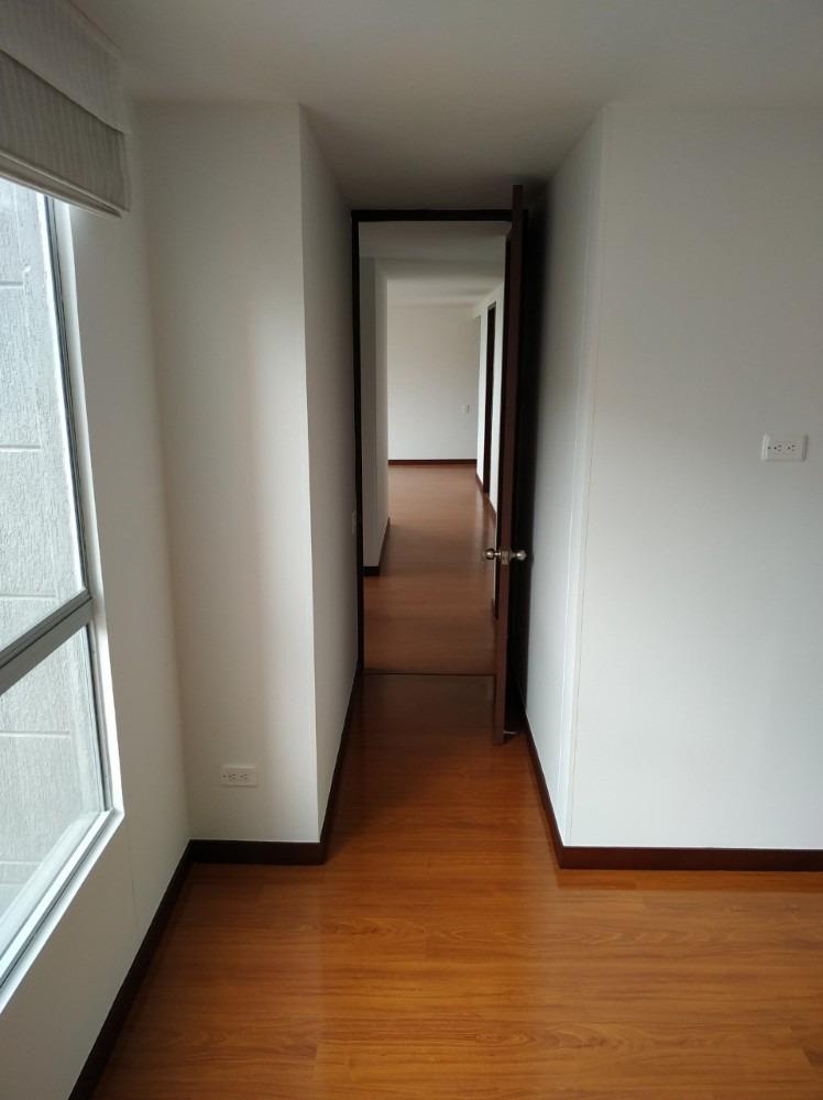 ganga de hermoso apartamento con espectacular vista