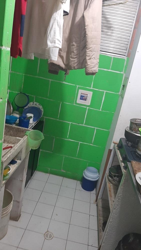 ganga se vende apartamento barrio la madrid 4 etapa