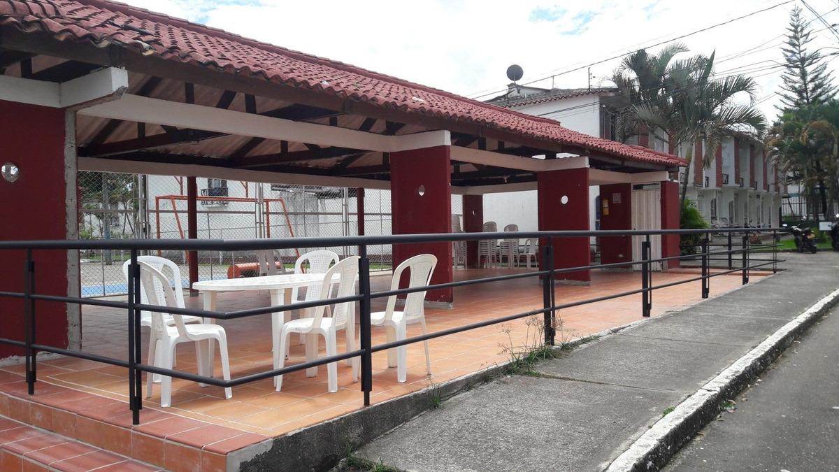 ganga. venta casa - condominio santa catalina iv