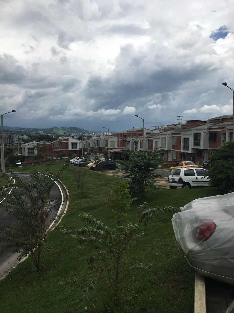 ganga venta casa dosquebradas duplex sobre via vehicular