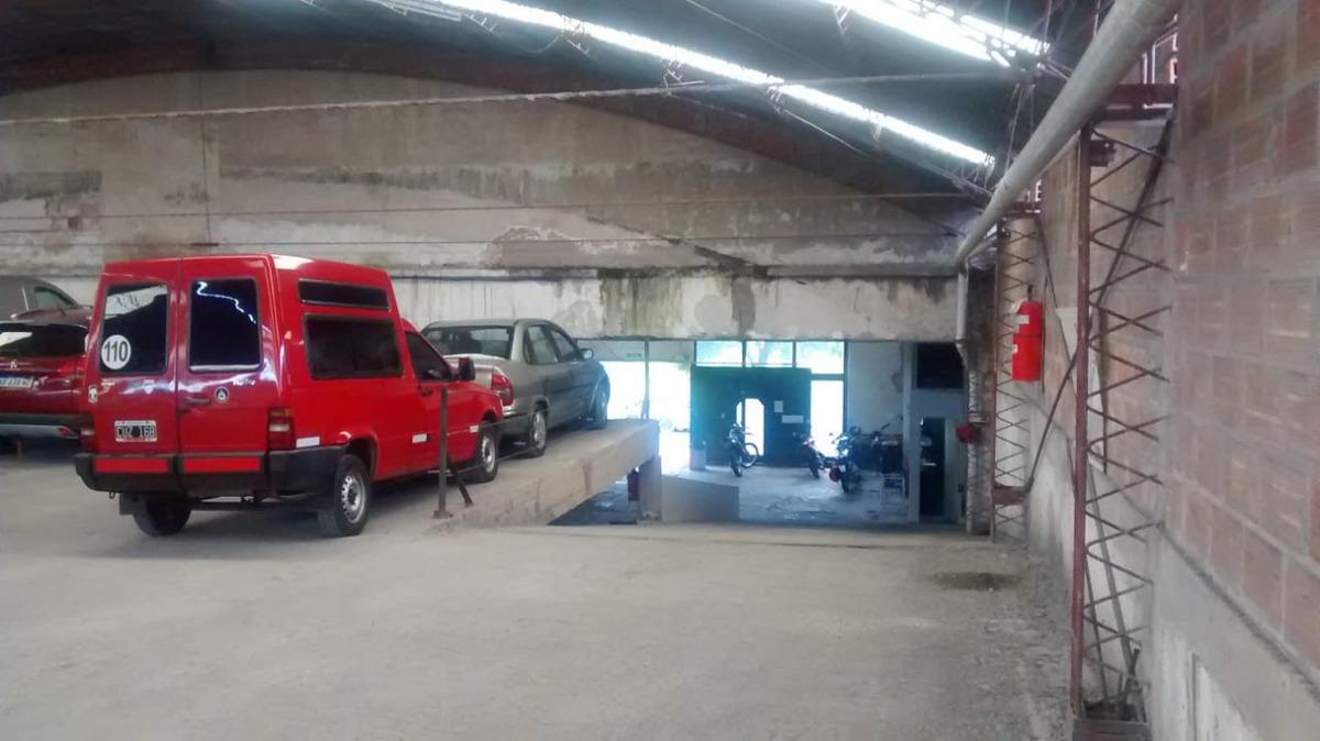 garage - 9 de julio y tierra del fuego