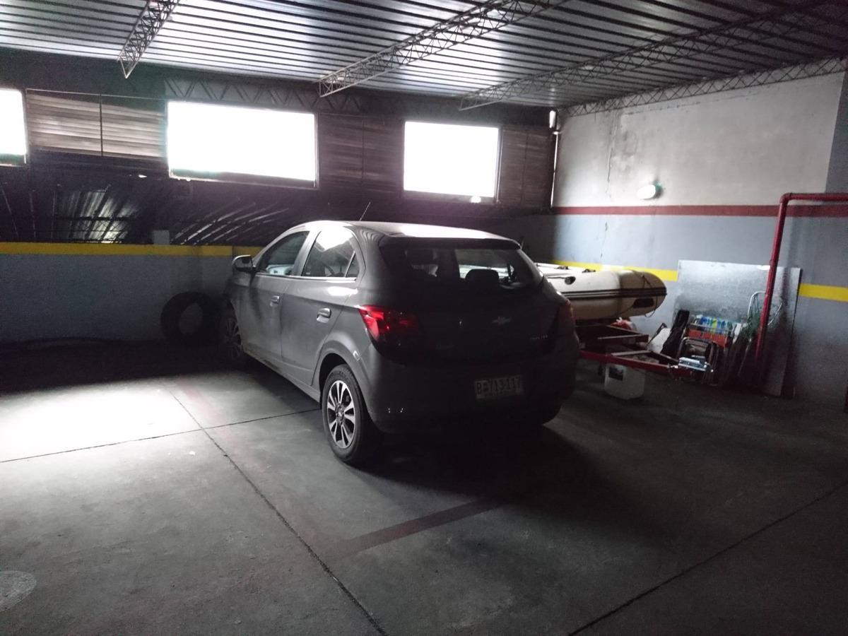garage pocitos  en venta -  de setiembre