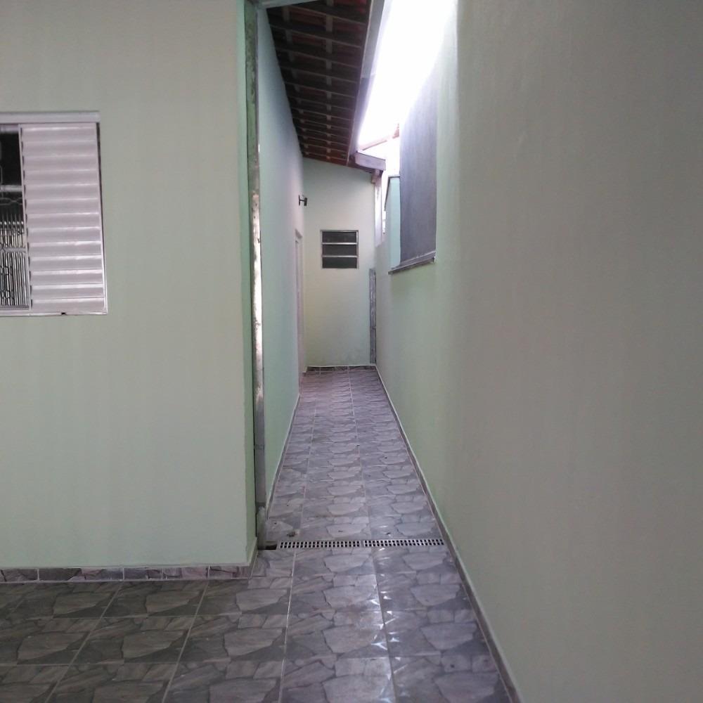 garagem 2 carros, área de churrasqueira,1suite rua ccâmrara