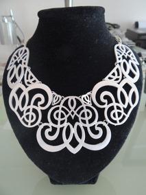 325cfbfa7e06 Collares Pegadas Al Cuello Para El Gargantillas - Accesorios de Moda ...