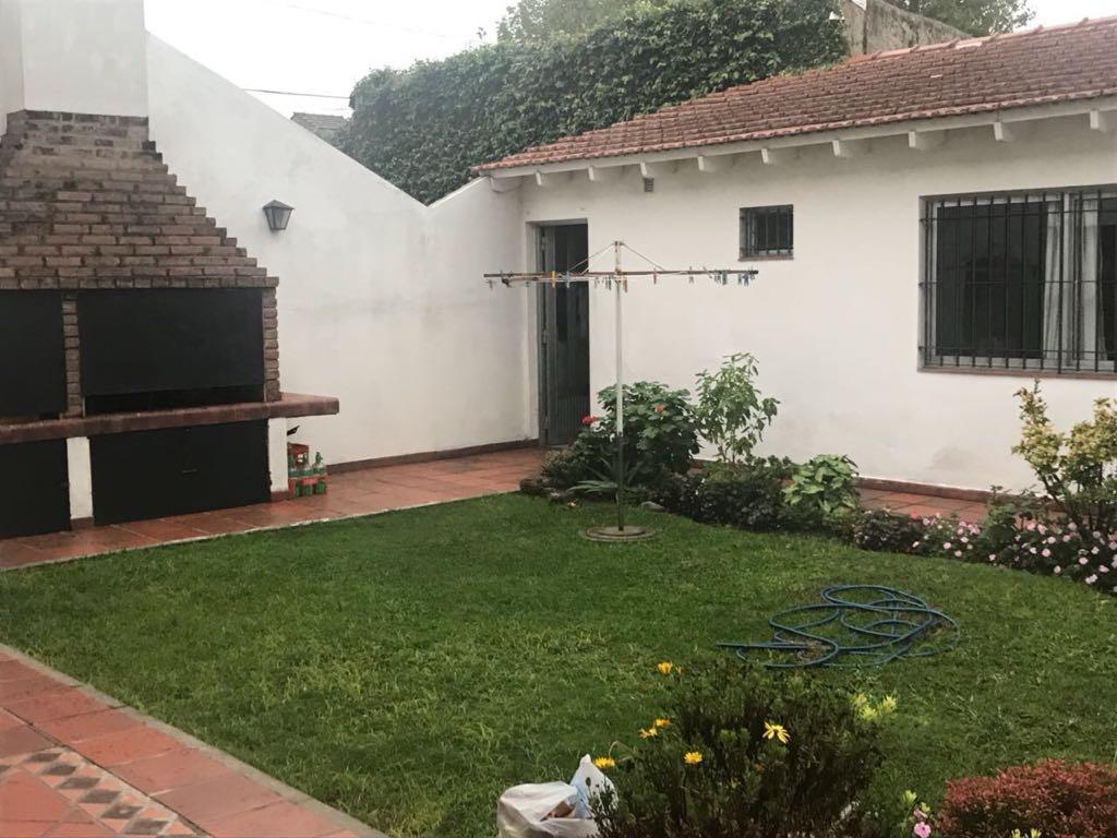 garona 1293 - excelente propiedad en 2 plantas- l. de zamora