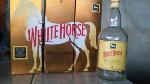 garrafa de white horse